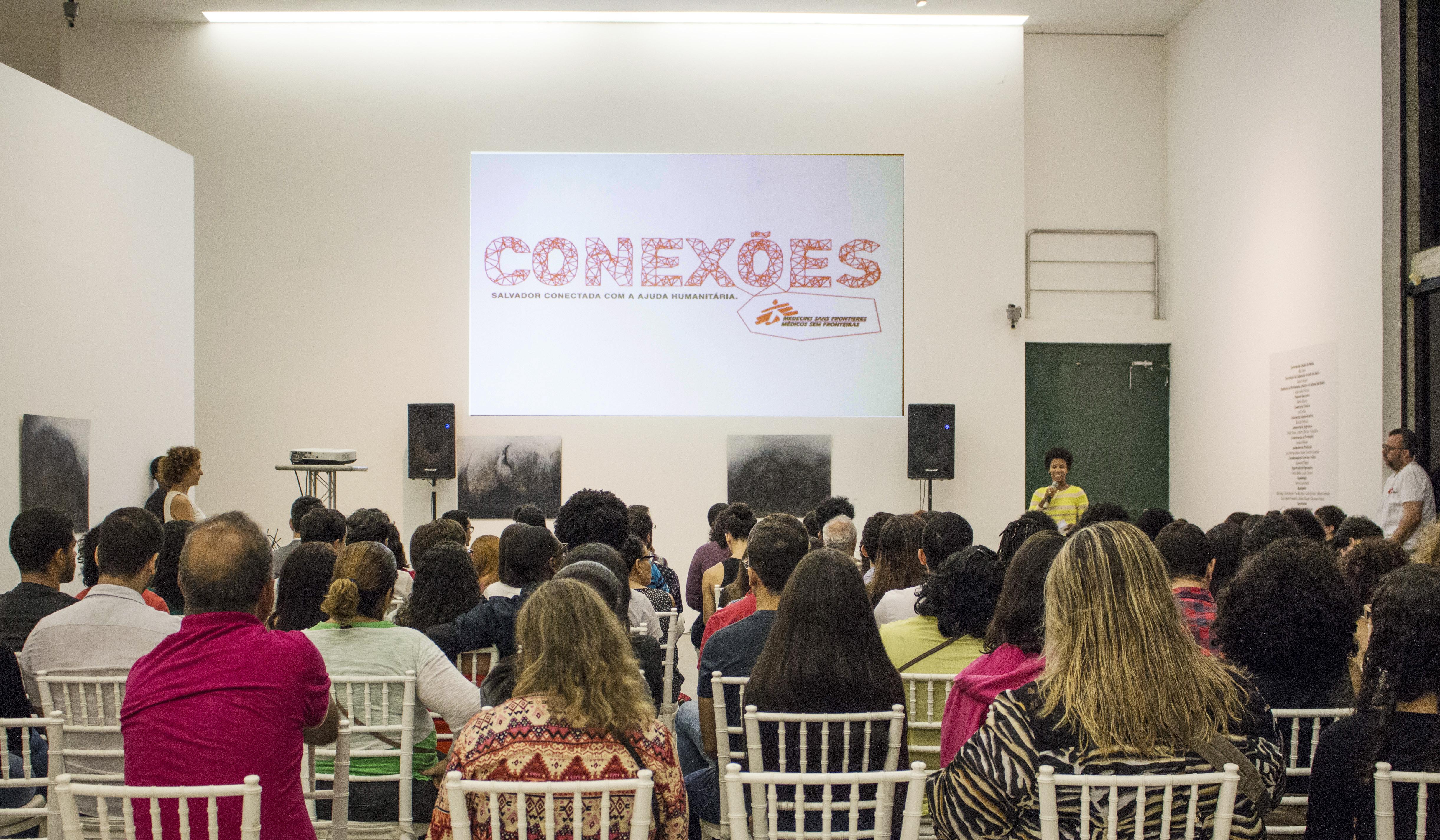 Abertura do Conexões MSF em Salvador tem música, dança, filme e conversa sobre ajuda humanitária