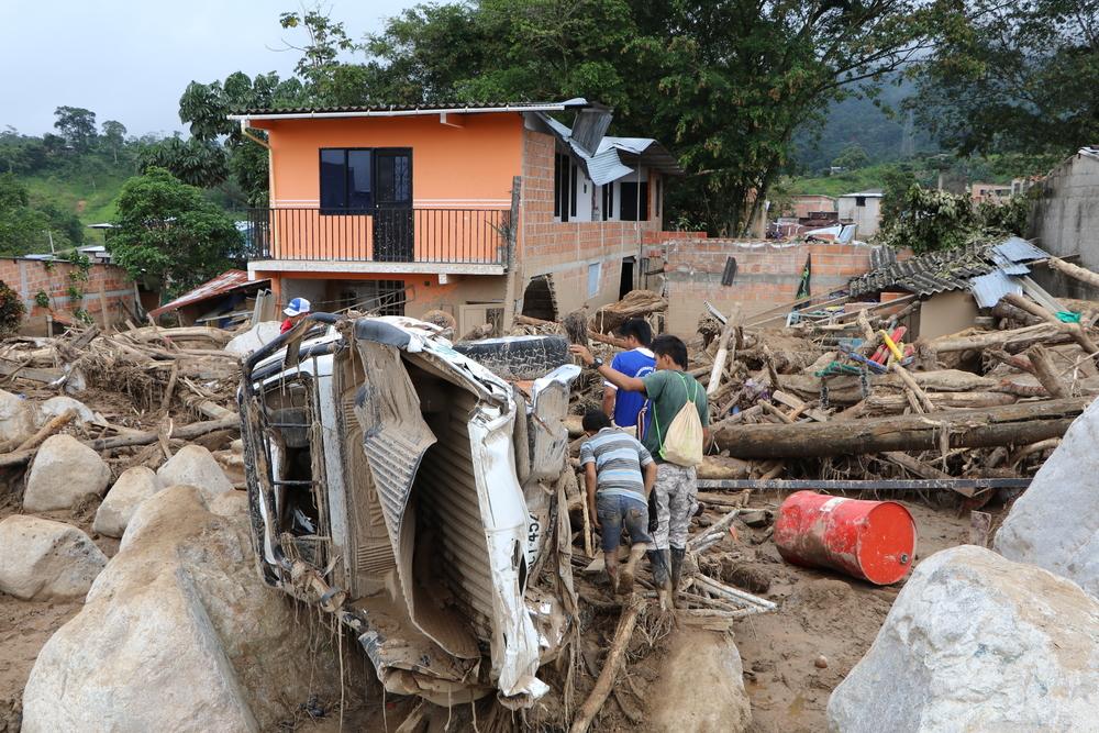 Mocoa: destruição após deslizamento de terra
