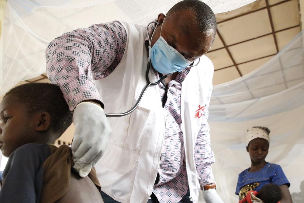 Intervenção de sarampo no Bosobolo