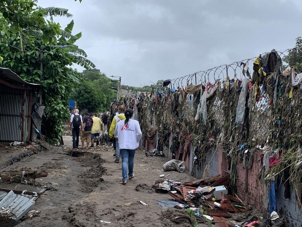 Tempestade Amanda atinge El Salvador, já abalado pela COVID-19
