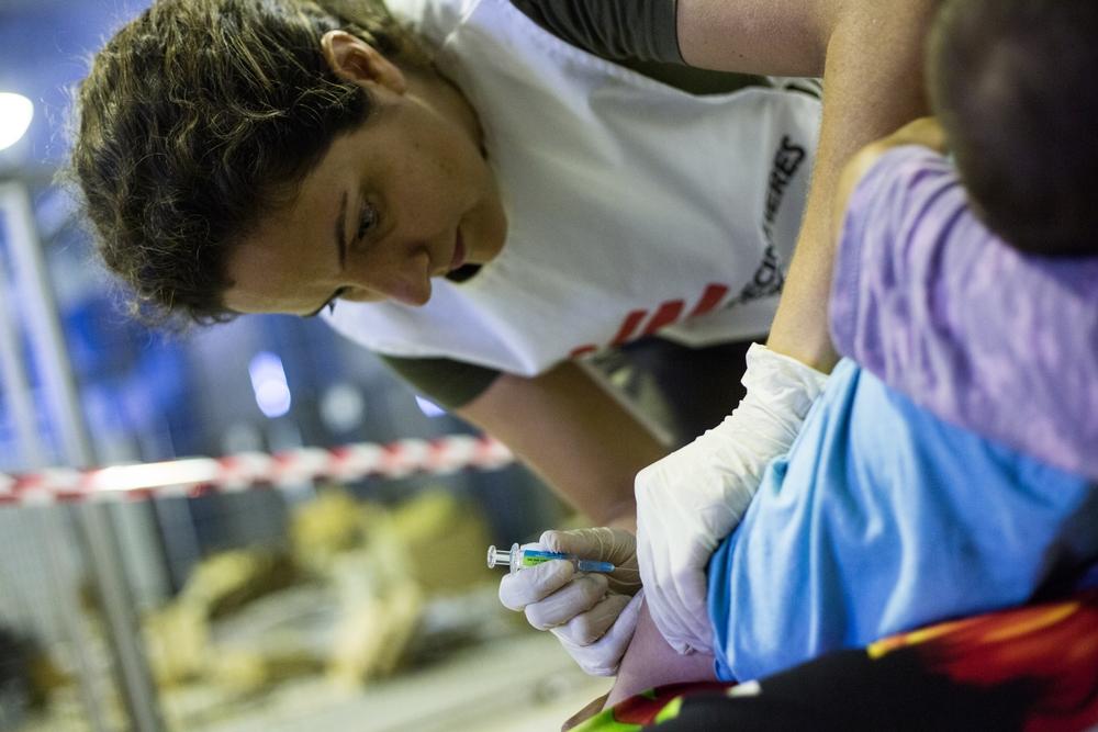 Pneumonia: investidores se juntam a MSF pela redução de preço da vacina