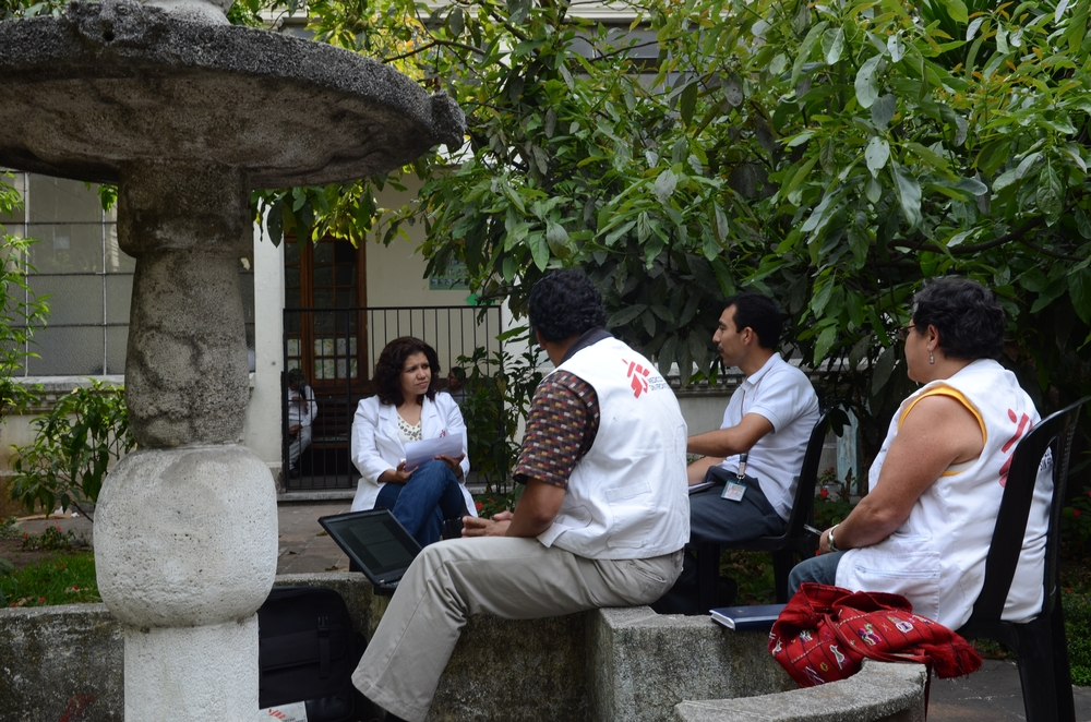 A COVID-19 afetou seriamente a prestação de cuidados gerais de saúde na Guatemala, devido à falta de profissionais e equipamento de teste. (Foto: Natacha Buhler/MSF)