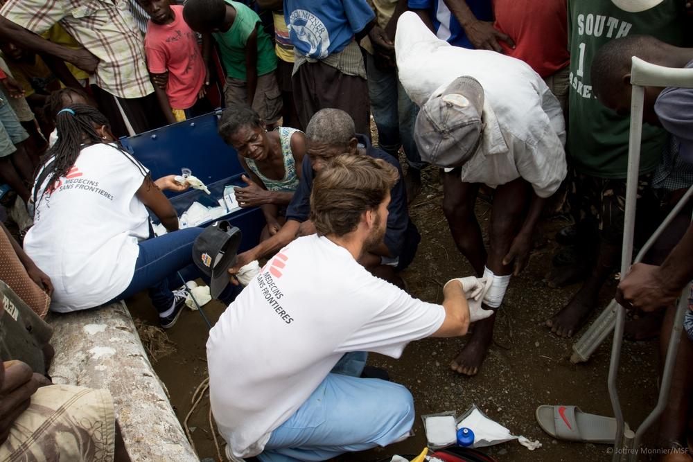"""Haiti: """"Meu filho estava sentindo dor e eu sequer podia lhe dar o suficiente para comer"""""""