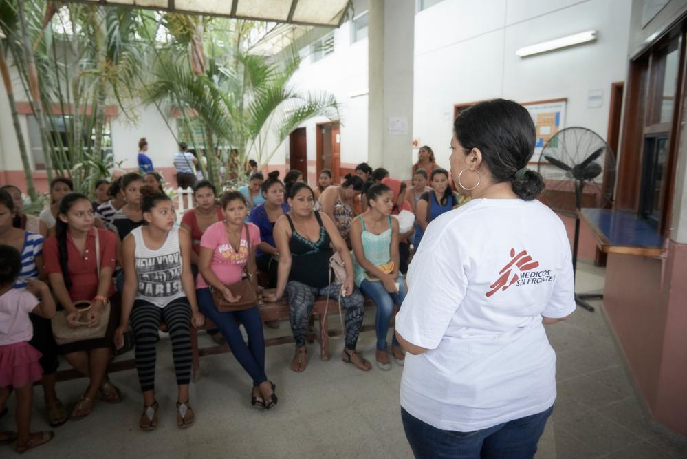 Em Honduras, Médicos Sem Fronteiras (MSF) continuou a ajudar as vítimas da violência, COVID-19 e dos furacões Eta e Lota. (Foto: Christina Simons/MSF)