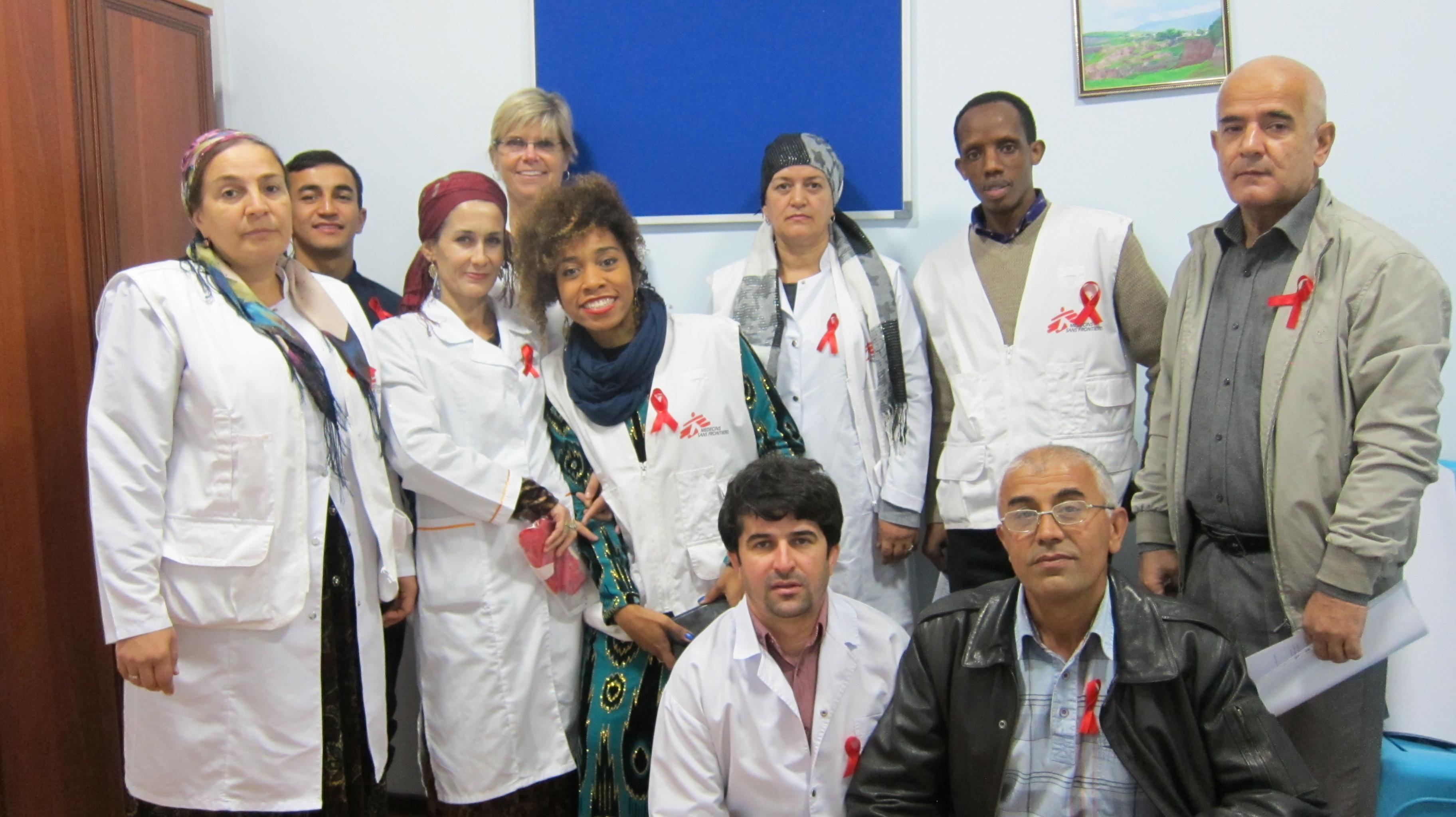 Cuidando de crianças com HIV no Tadjiquistão