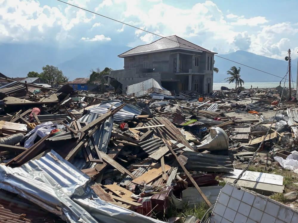 Profissionais de MSF avaliam a situação na Indonésia após terremoto e tsunami