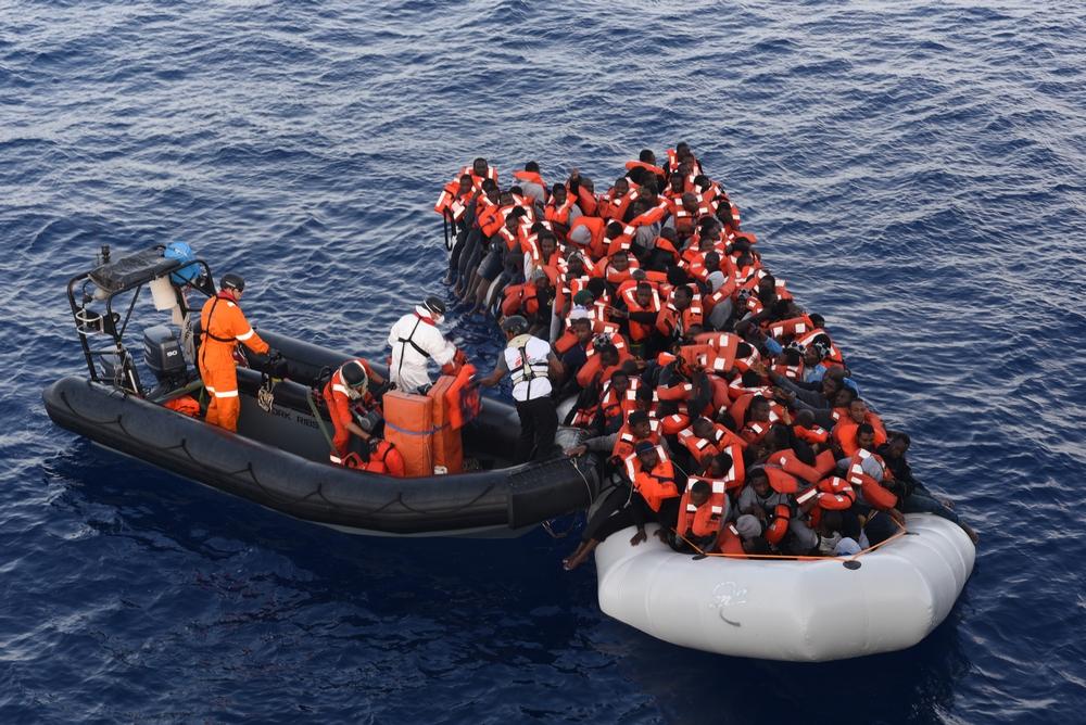 MSF resgata mais de 2 mil pessoas em menos de 36 horas no Mediterrâneo central