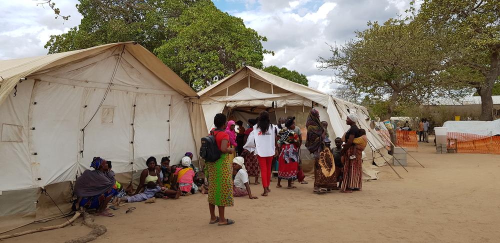 Cabo Delgado, Moçambique: meio milhão de pessoas que fugiram da violência agora lutam para obter moradia, alimento e água