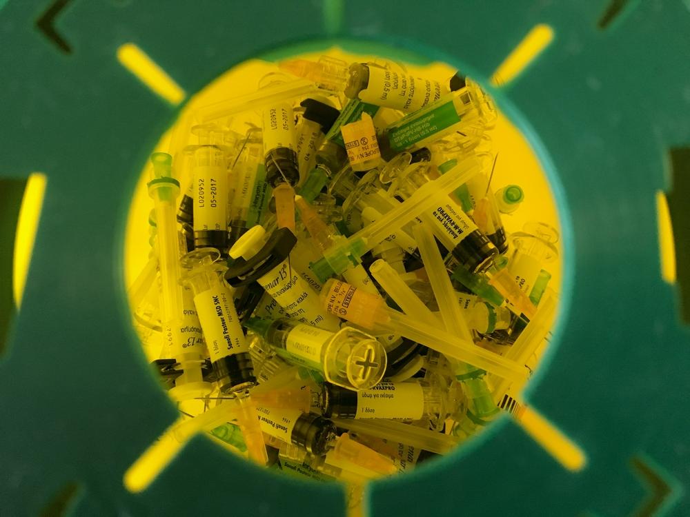 Pfizer reduz preço da vacina contra pneumonia