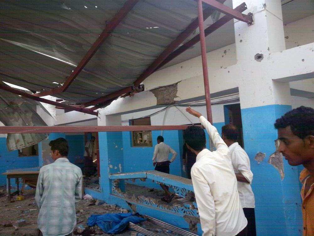 Bombardeios indiscriminados e falta de garantias da coalizão liderada pela Arábia Saudita forçam MSF a retirar suas equipes de seis hospitais no norte do Iêmen
