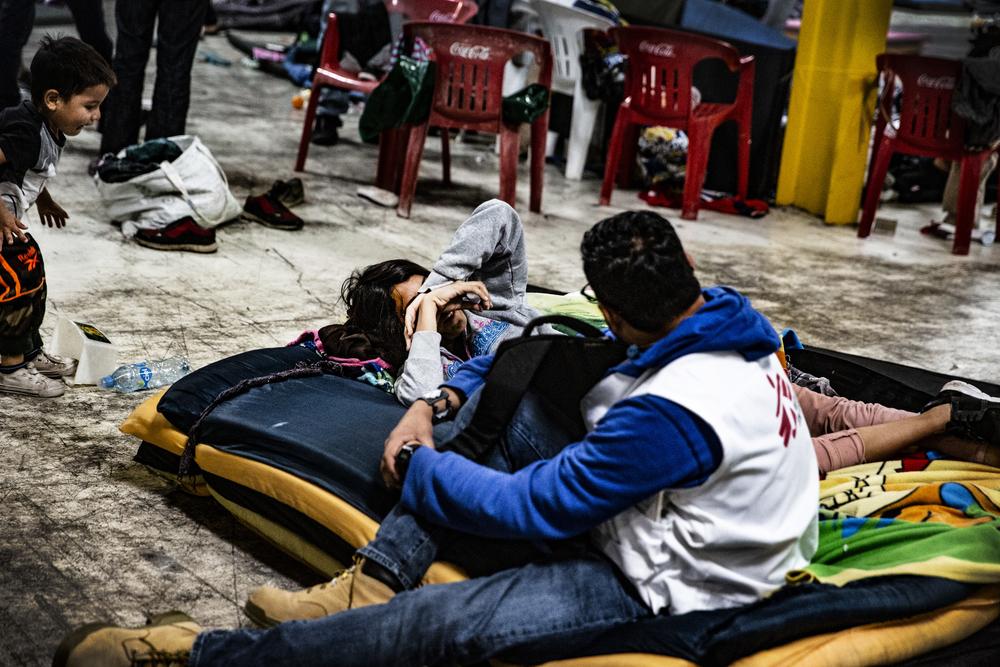 Relatório de MSF mostra que políticas migratórias de EUA e México aumentam riscos à saúde e segurança de migrantes e refugiados