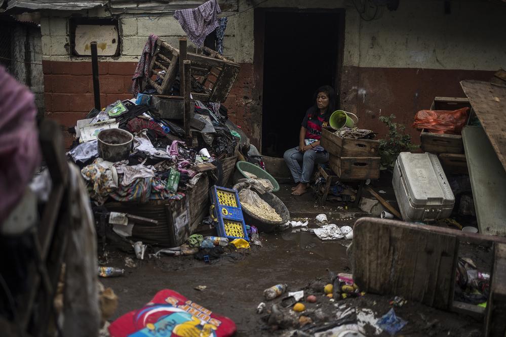Intervenção de emergência para tempestade Amanda em São Salvador / Foto por: Victor Peña