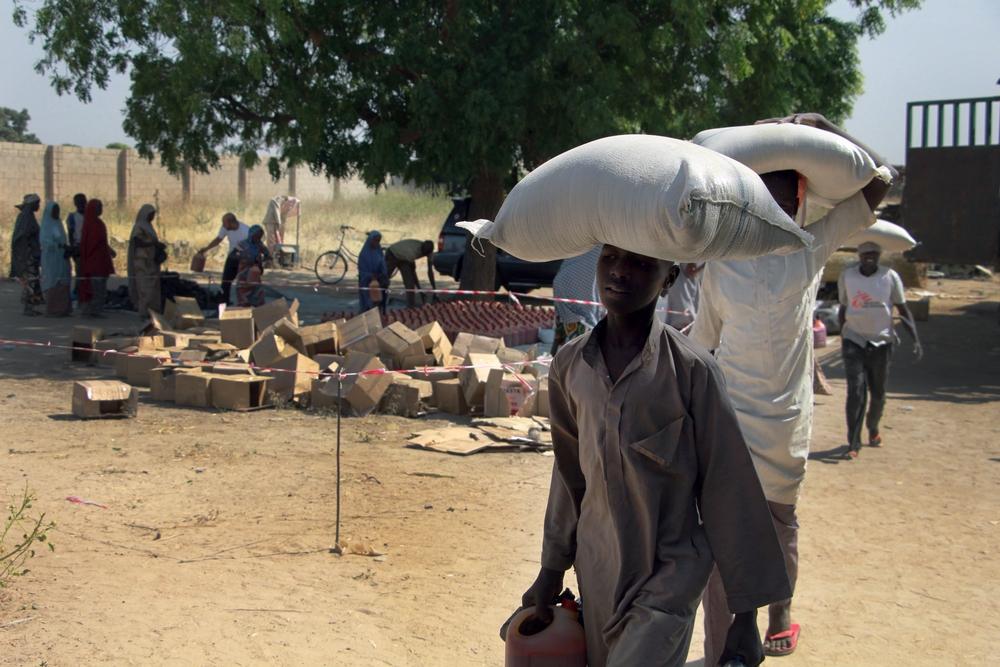 Nigéria: distribuição de alimentos, uma atividade pouco usual para MSF