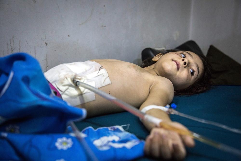 """Síria: """"Dei à luz para que ele vivesse assim?"""""""