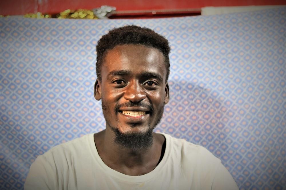 Abdulmoniem, 24 anos, Sudão.