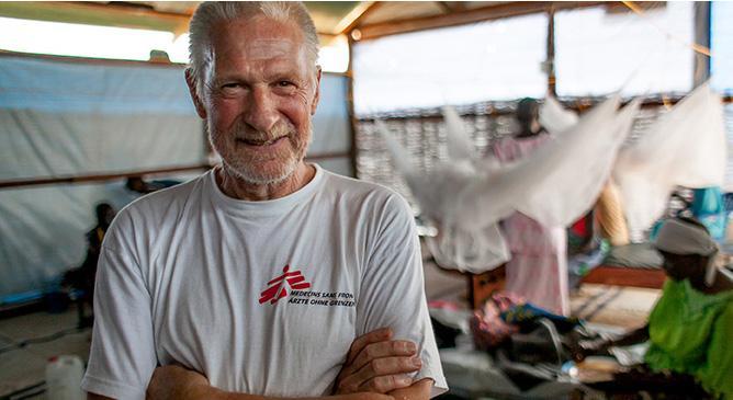 Profissionais seguem carreira humanitária