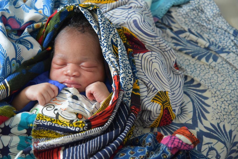 Costa do Marfim: salvando as vidas de mães e seus recém-nascidos