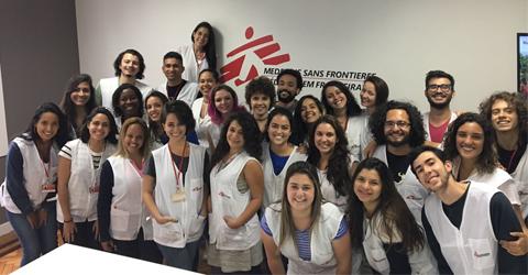 Equipe diálogo direto de MSF