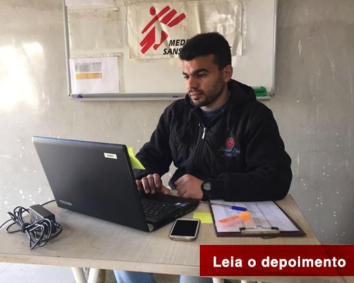 Ahmed, de 26 anos de idade, trabalha no programa de doações de MSF em Kilis, na Turquia, e frequentemente cruza a fronteira para prover suprimentos às estruturas de saúde sírias – medicamentos e itens essenciais que são distribuídos às pessoas deslocadas