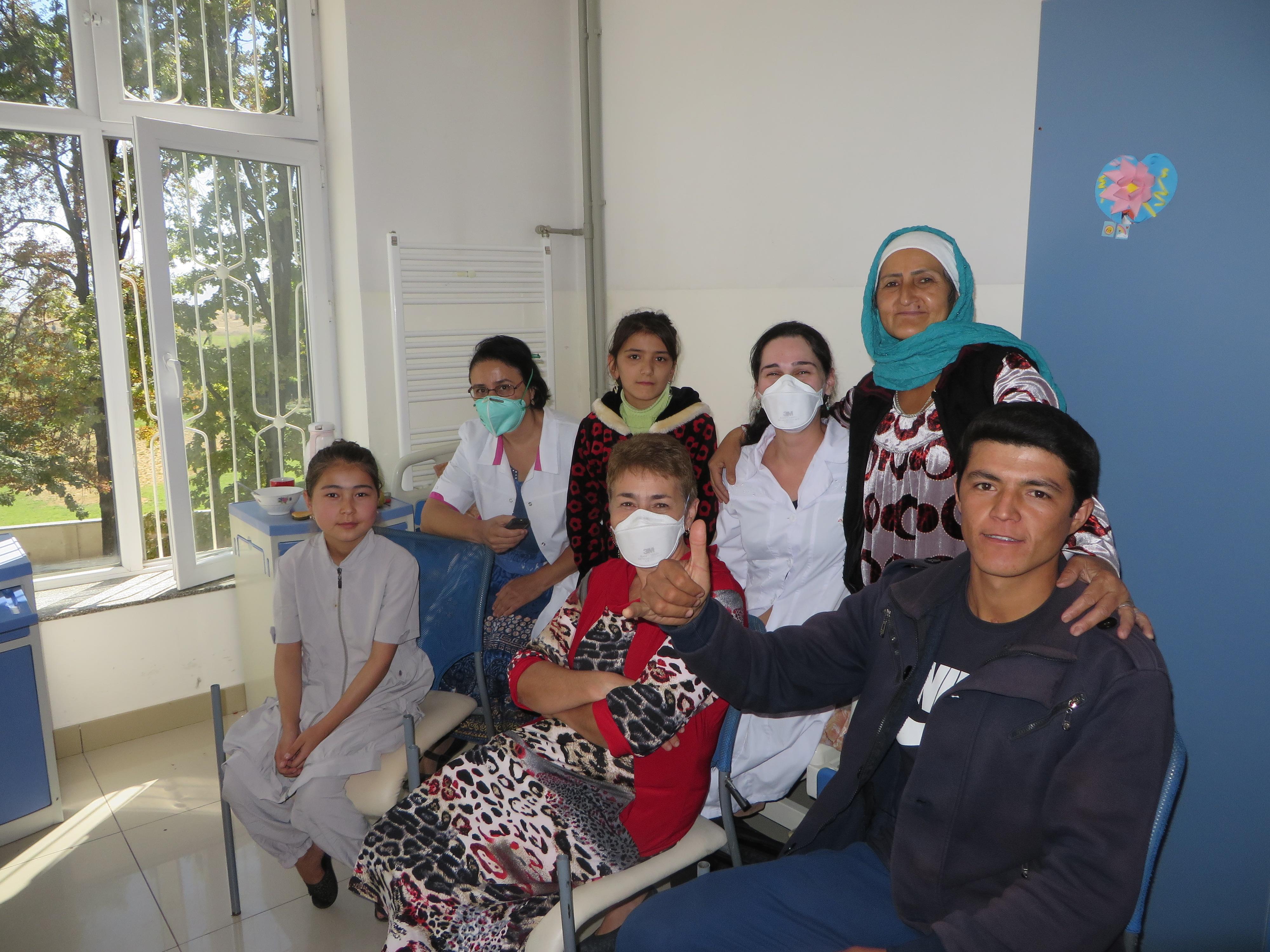 Tadjiquistão: o fardo da tuberculose para crianças e adolescentes