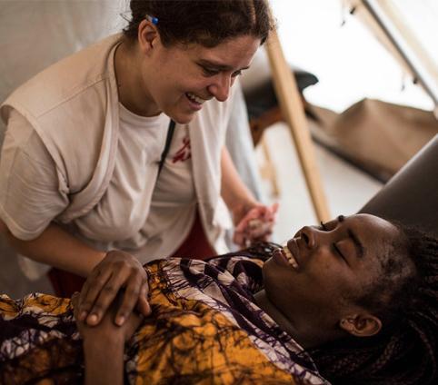 Convide um amigo a se tornar doador de Médicos Sem Fronteiras