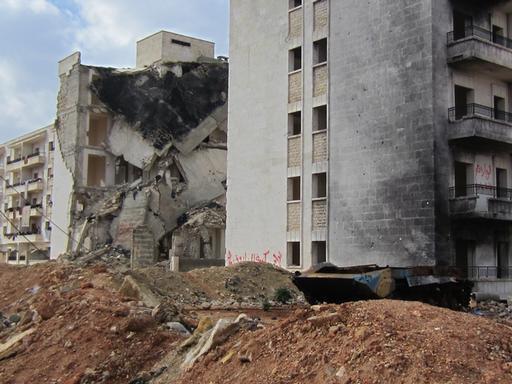 Destruição pelas ruas de Aleppo, na Síria (Foto: Monique Doux / MSF)