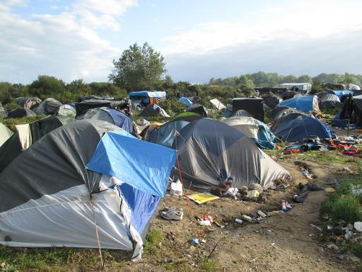 """Tendas montadas no acampamento conhecido como """"a Selva"""""""
