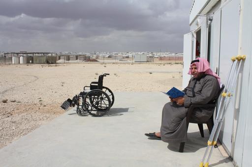 Paciente na unidade de cuidados pós-operatórios de MSF no campo de refugiados de Zaatari, na Jordânia. (Foto: Åsa Nyquist Brandt/MSF)