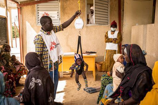 MSF segue prestando assistência nos quatro países afetados pela crise no Lago Chade (Foto: Sylvain Cherkaoui / Cosmos for MSF)