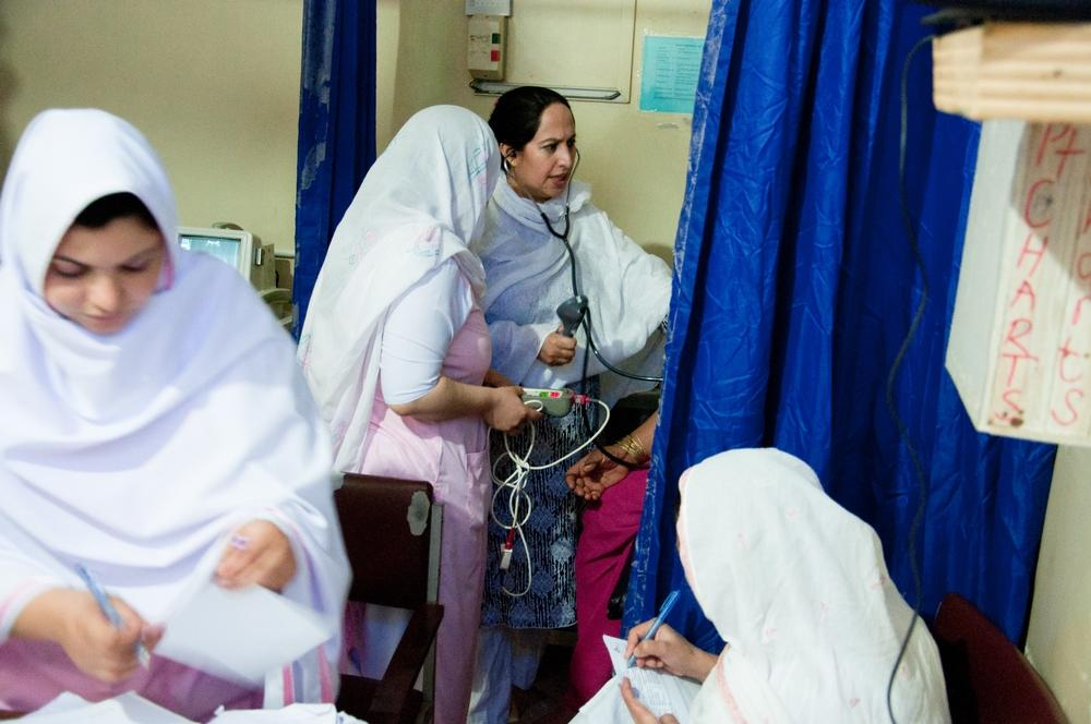 Área de triagem no Hospital Central do Distrito de Timergara. O Paquistão tem a maior taxa de mortalidade neonatal do mundo. Foto: Amandine Colin/MSF