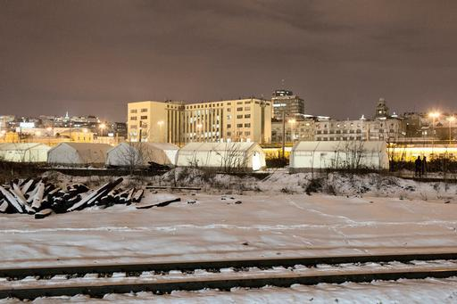 Tendas instaladas por MSF em Belgrado (Foto : Alessandro Penso)