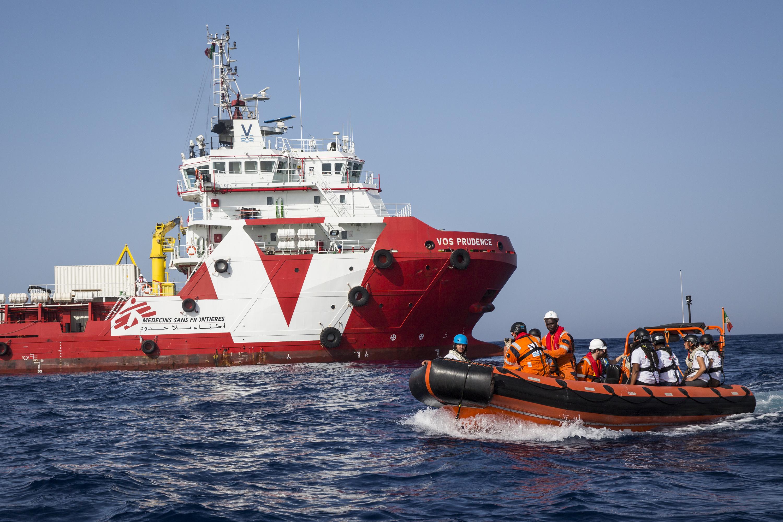 Por que MSF suspendeu as atividades do navio Prudence?