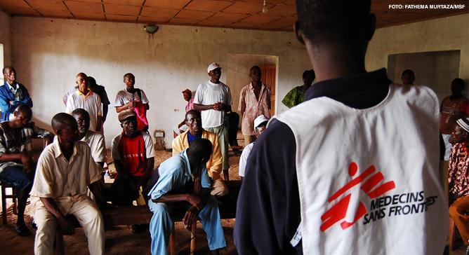 Equipes de Médicos Sem Fronteiras (MSF) oferecem cuidados relacionados a trauma em mais de 40 regiões do mundo, incluindo Rússia, Sudão (Darfur), Iraque, Congo e Caxemira.