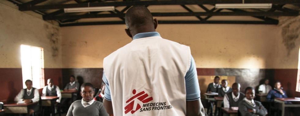 Projeto de HIV em Eshowe, África do Sul, atinge meta 90-90-90 um ano antes do prazo de 2020