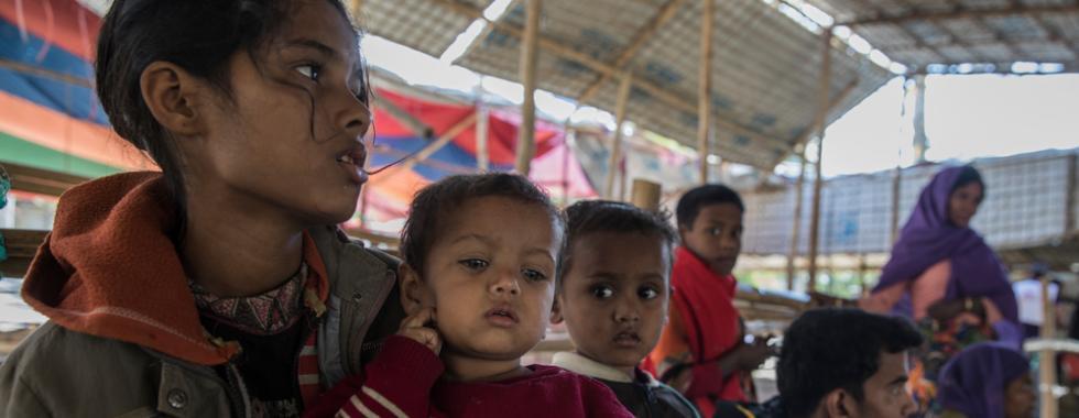 """""""Os refugiados rohingyas continuam chegando a Bangladesh"""""""
