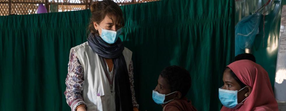 """""""Tivemos que aprender em 24 horas como tratar pacientes com difteria"""""""