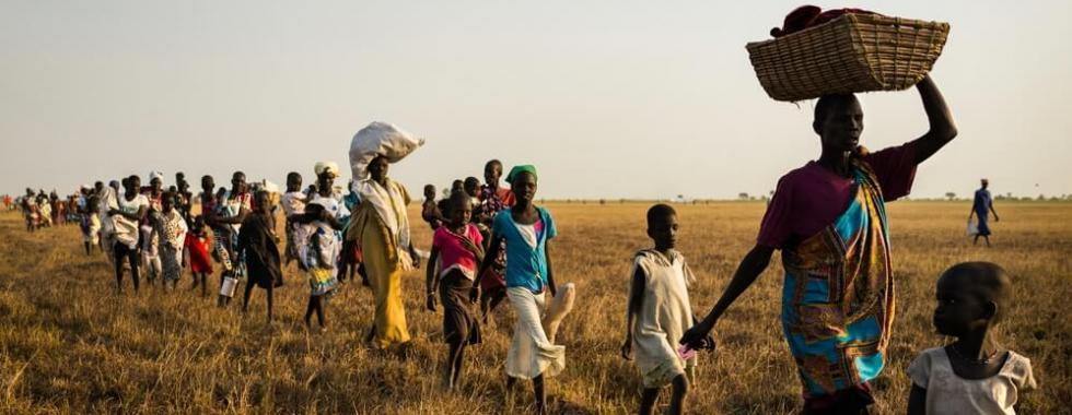 Milhares de pessoas estão presas nas frentes de batalha em províncias do  Sudão do Sul