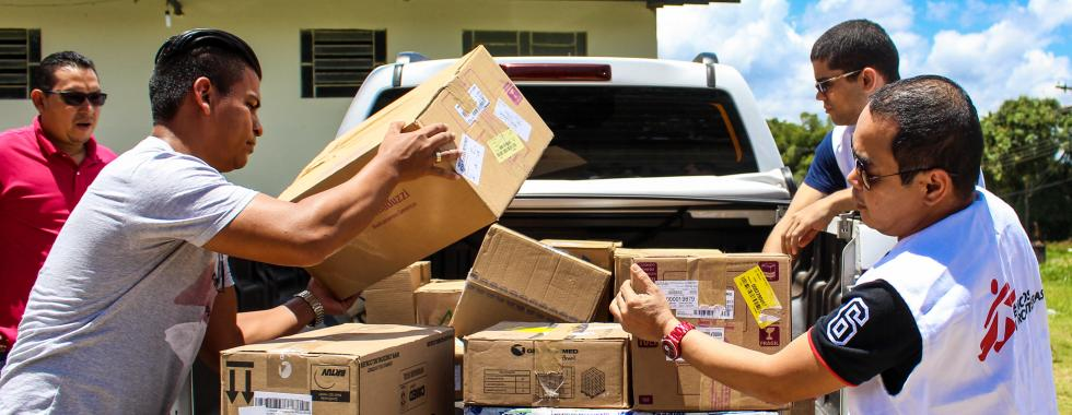 MSF distribui kits de higiene para venezuelanos em Roraima