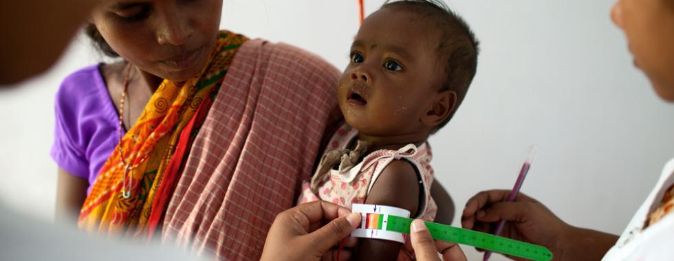 Combatendo a desnutrição junto às comunidades locais