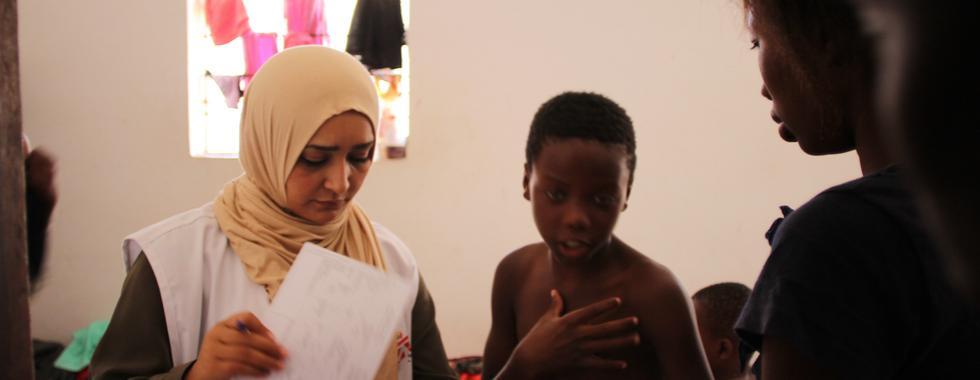 Líbia: desnutrição e condições desumanas no centro de detenção de trípoli