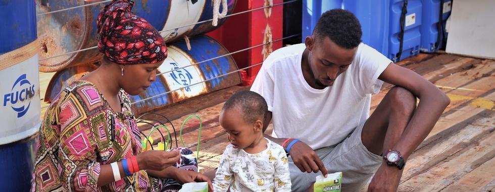 Abdul, o barbeiro, e outras histórias do Ocean Viking