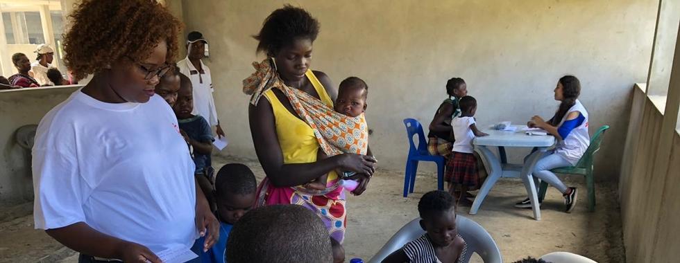 MSF atende pacientes e põe em prática ação humanitária de grande escala em Moçambique