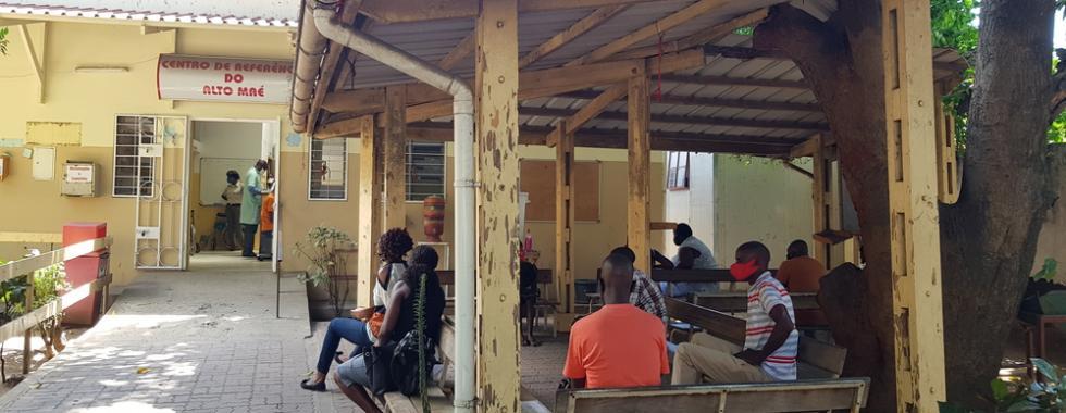 """Tratamento inovador para HIV avançado em Moçambique: """"Permitiu que as pessoas sonhassem de novo com o futuro."""""""