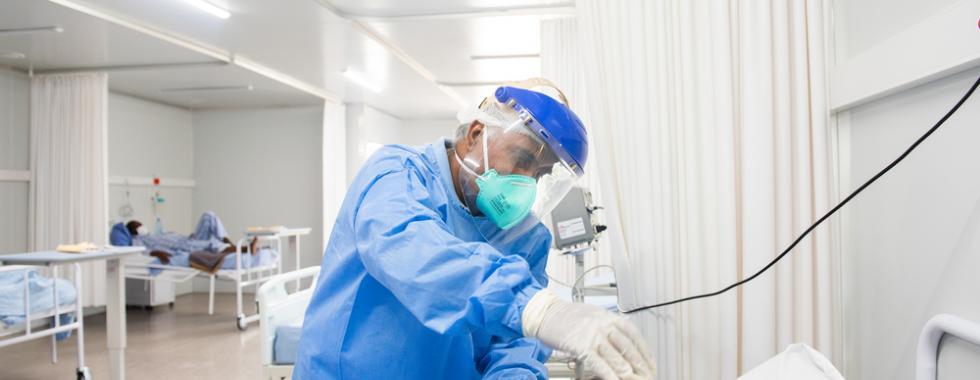 Não se trata apenas de vacinas: o fornecimento de oxigênio também deve estar no centro da resposta à COVID-19