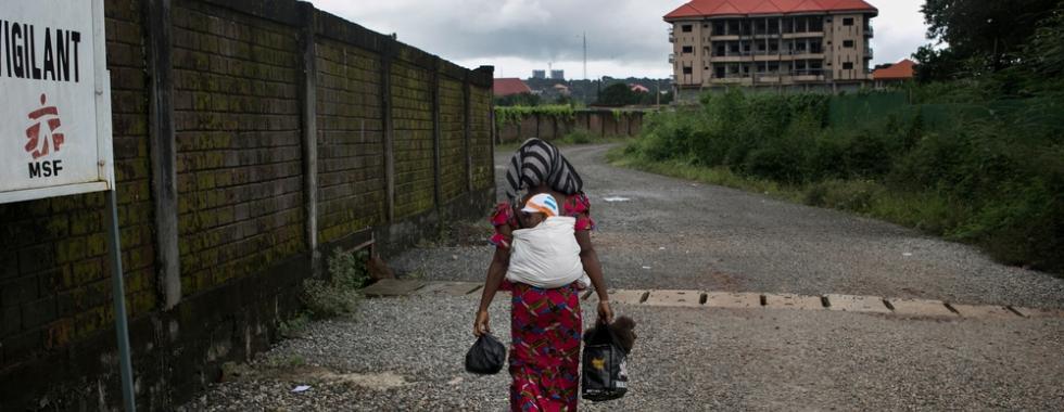 Ebola: a sobrevivente Nubia completa 1 ano de vida