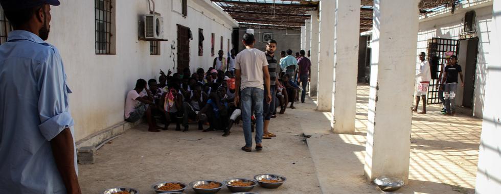"""Líbia: """"Em termos de saúde, era um desastre"""""""
