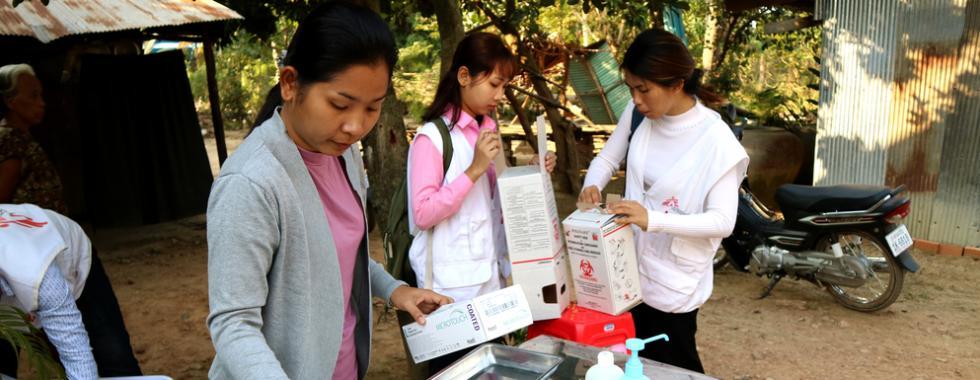 MSF trabalha com inovação no diagnóstico e tratamento da hepatite C no Camboja