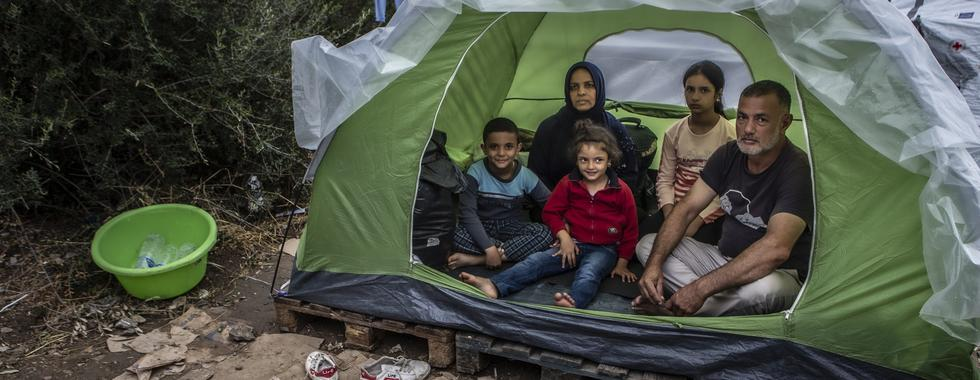 Coronavírus torna mais urgente evacuação de campos de refugiados na Grécia
