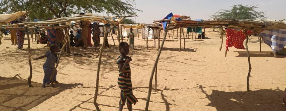Refugiados que escaparam da violência no Níger permanecem vulneráveis no Mali