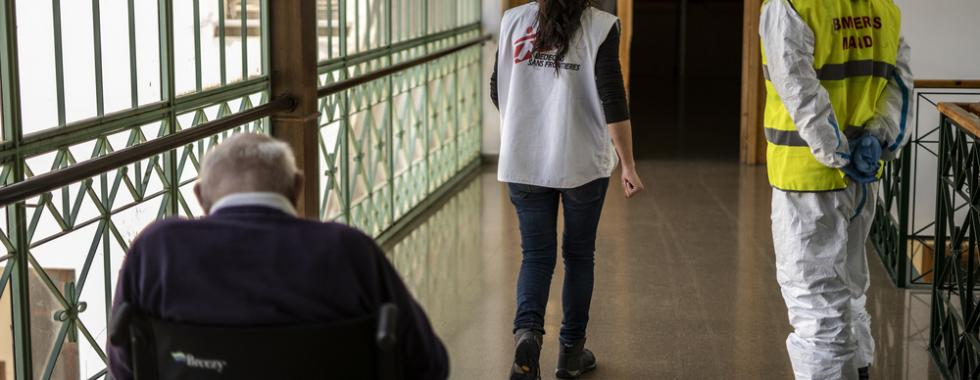 Espanha: pacientes idosos precisam de melhor atendimento e despedidas dignas com as famílias